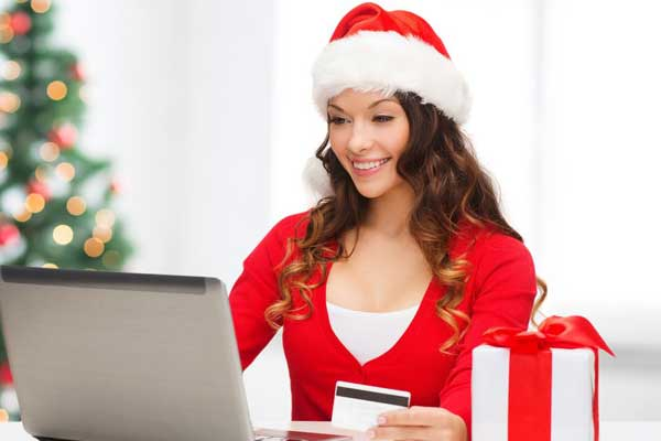How to Avoid Becoming a Victim on Cyber Monday : Festive Shopping