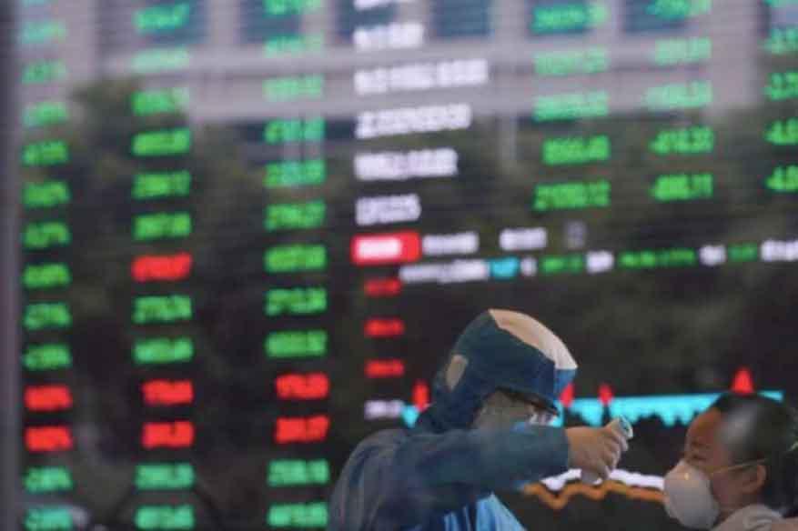 Stocks gain on quick economic revival hopes, oil slides